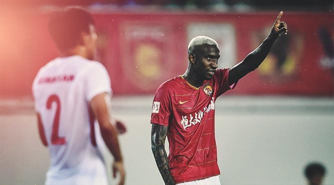 Talisca Çin'i sallamaya devam ediyor! İki müthiş gol daha