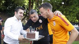 Linnes ve Levent Şahin'e doğum günü kutlaması