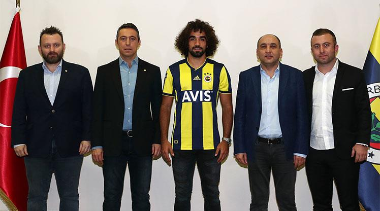 Fenerbahçe beklenen transferi böyle duyurdu