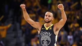 Curry 48 attı, Warriors kazandı!