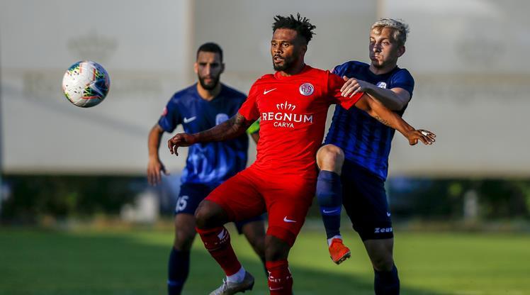 Antalya, Desna Chernihiv'i mağlup etti