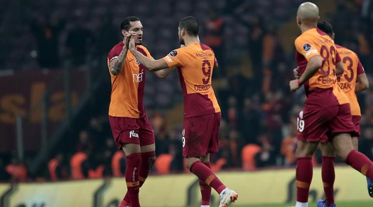 Galatasaray'da bir ayrılık daha açıklandı