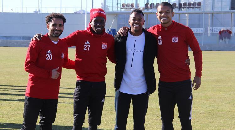 Robinho'dan Sivasspor'a ziyaret