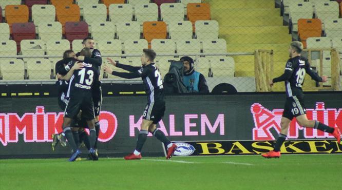 Baskı golü getirdi! Kilidi Atiba açtı!