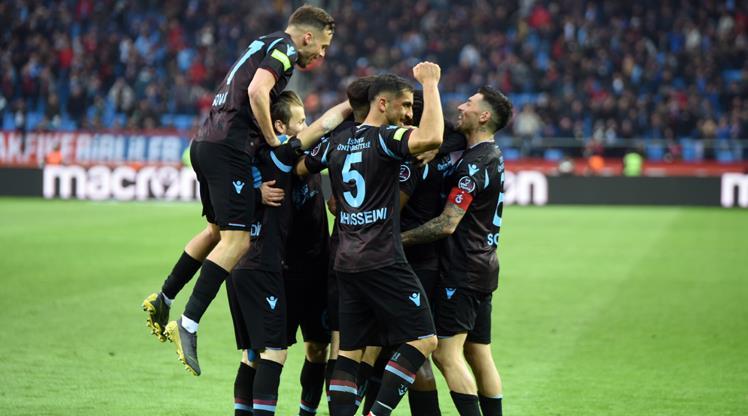 Trabzonspor - Evkur Yeni Malatyaspor: 2-1 (ÖZET)
