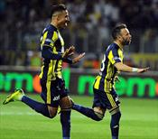 Valbuena frikikten attı, Fenerbahçe geri döndü