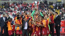 Galatasaray'ın kupa coşkusu burada (GALERİ)