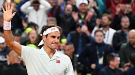 Federer İtalya Açık'tan çekildi