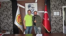 Fuat Çapa Eskişehirspor'la yeniden anlaştı