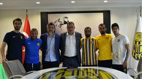 Ankaragücü'nde imzalar devam ediyor