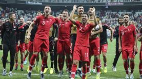 Maç sonu büyük sevinç