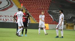 Elneny ve Kayode'ye 3'er maç ceza