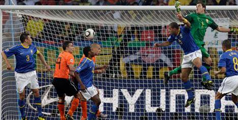 Melo'nun golü Sneijder'e yazıldı!