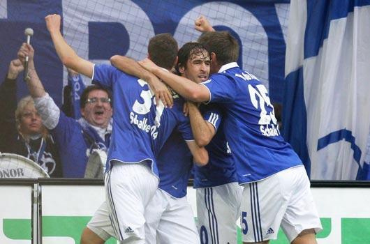 Schalke takipte