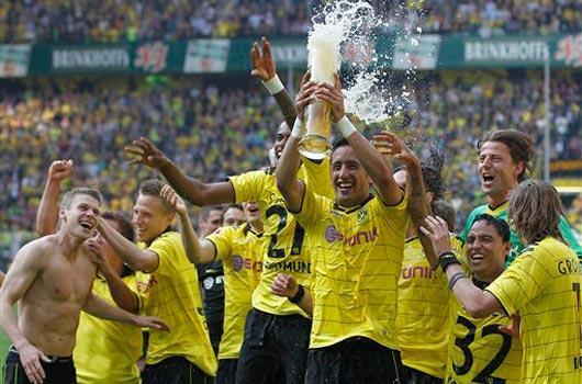 Ve Dortmund şampiyon