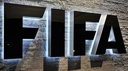 FIFA 4 kulübe cezayı kesti!