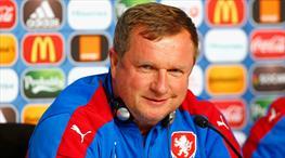 Pavel Vrba: ''Rosicky dışında Türkiye maçına hazırız''