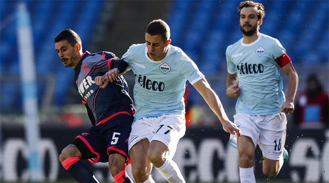 Lazio ikinci yarıda patladı