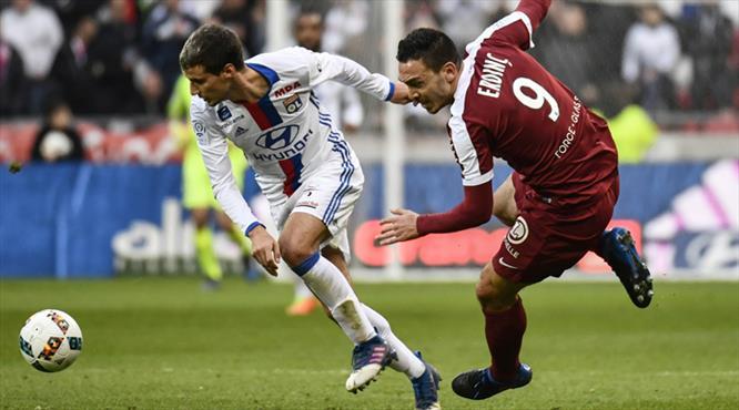Lyon Mevlüt'ü üzdü: 5-0! (ÖZET)