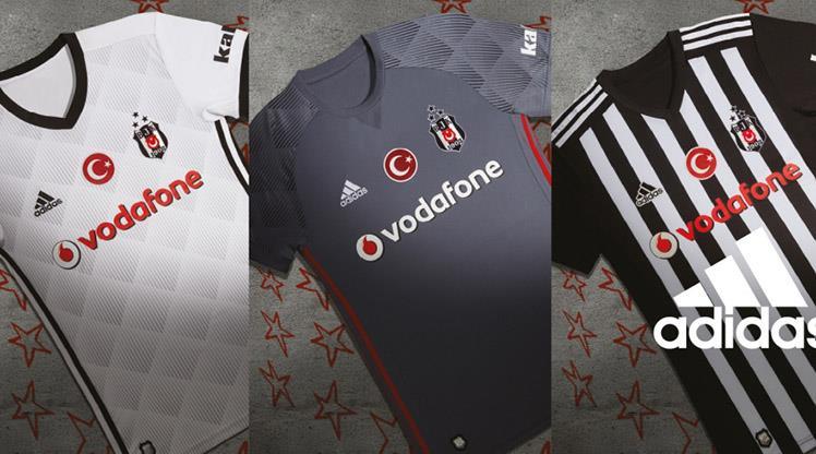 Beşiktaş'ta yeni sezon formaları tanıtıldı