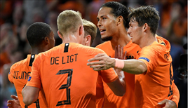 Babel asist yaptı, Hollanda Almanya'yı dağıttı!