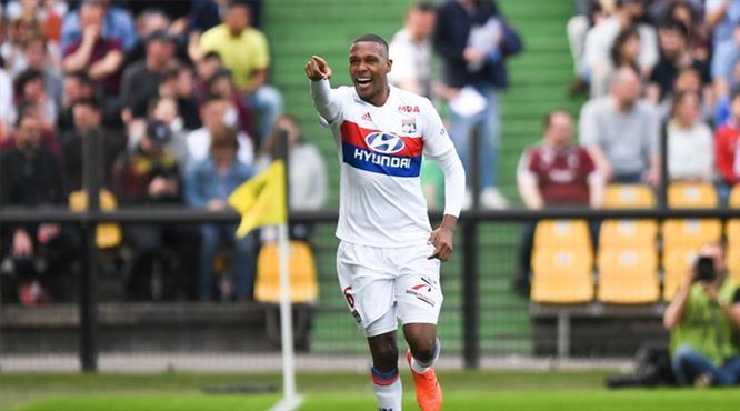 Marcelo attı Lyon fark attı (ÖZET)