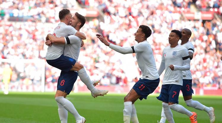 İngiltere ilk yarıda fişi çekti