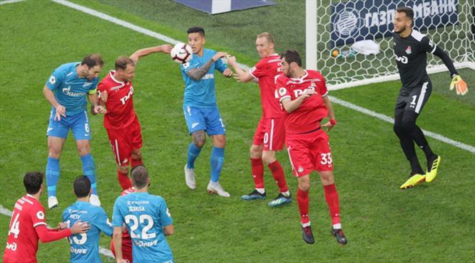 Zenit, Lokomotiv Moskova'yı dağıttı