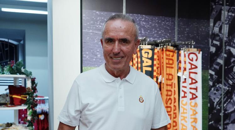 """Galatasaray'da takım daha yeni"""