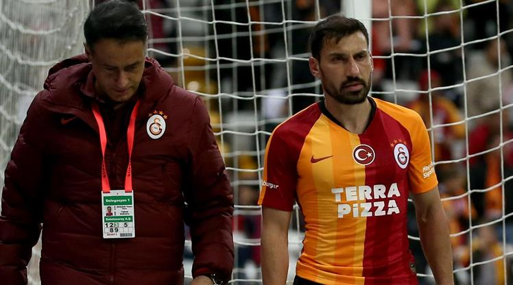 Galatasaray'dan Şener Özbayraklı açıklaması