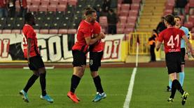 Eskişehirspor: 3 - Osmanlıspor: 2 (ÖZET)