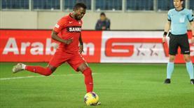 Korcan çelemedi, Twumasi penaltıdan affetmedi