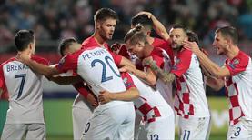 Hırvatistan ikinci yarı geri döndü