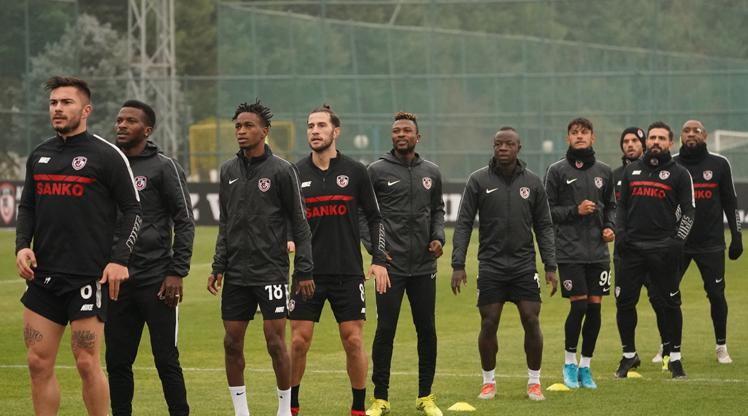 Gaziantep FK çıkış peşinde