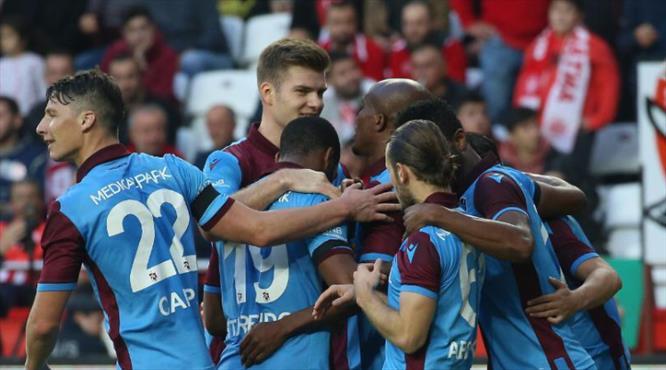 Antalyaspor - Trabzonspor: 1-3 (ÖZET)