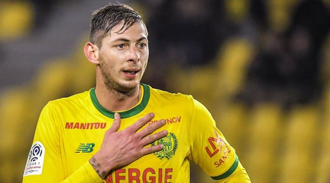 Nantes 9 numarayı emekli etti
