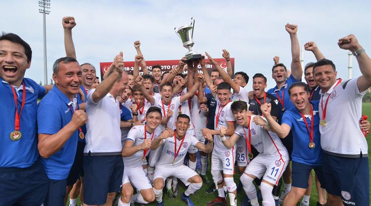 Süper Kupa Altınordu'nun