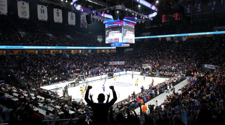 Anadolu Efes, seyirci sayısını %177 artırdı