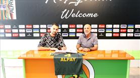 Alanyaspor, Alpay Çelebi'yi kiraladı