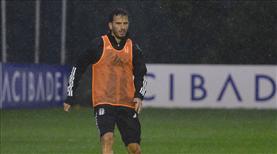 Beşiktaş yoğun yağış altında çalıştı