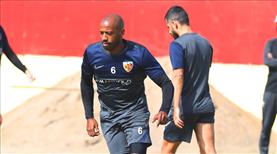 Fernandes bu hafta sahada olacak mı?