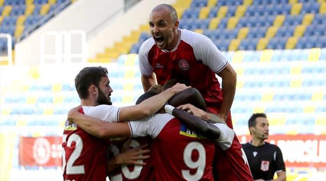 Enzo Roco gollerine devam ediyor