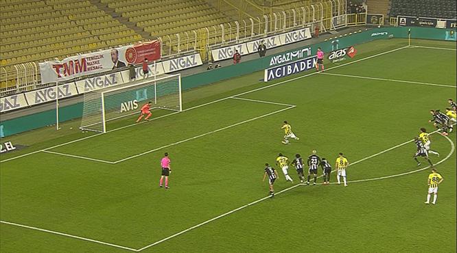 VAR penaltı dedi, Ozan skoru tayin etti