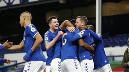 Everton zirve takibini sürdürdü