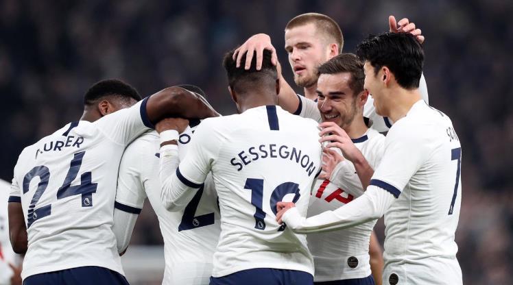 Tottenham geri döndü, tur biletini kaptı