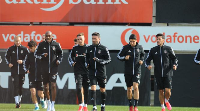 Beşiktaş'ta Aytemiz Alanyaspor maçı hazırlıkları sürüyor