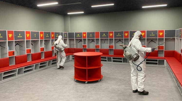 Gürsel Aksel Stadı dezenfekte edildi