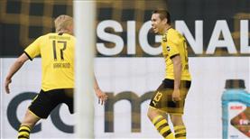 Ruhr derbisini Dortmund farklı kazandı
