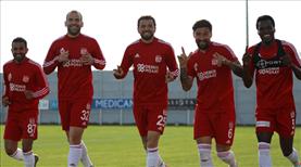 Sivasspor'da mesaisi sürüyor