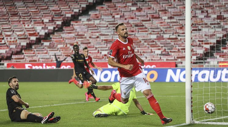 Benfica'nın başı yine dertte